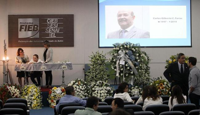 O corpo de Carlos Gilberto Farias foi velado no auditório da Federação das Indústrias - Foto: Lúcio Távora | Ag. A TARDE