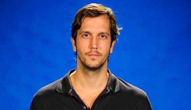 Brichta estreou na TV como o garçom Ezequiel, na novela
