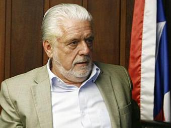 Wagner tem seu nome cotado para o Ministério das Comunicações - Foto: Raul Spinassé   Ag. A TARDE   29.10.2014