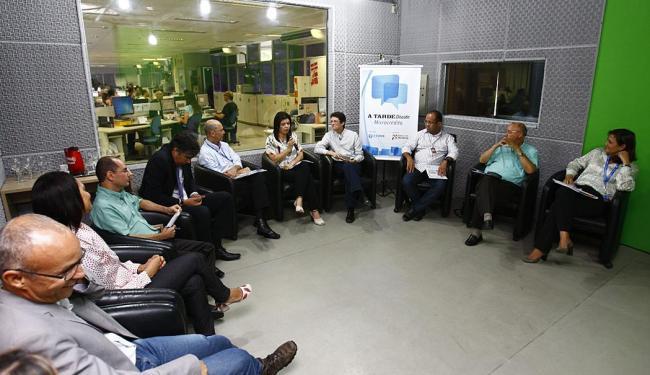 Representantes de bancos e de instituições discutiram caminhos para a expansão do microcrédito na BA - Foto: Fernando Vivas | Ag. A TARDE