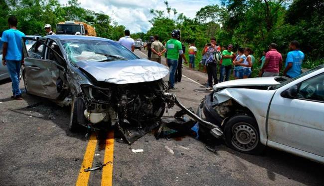 Batida entre quatro veículos deixa feridos na BR-324, próximo a Jacobina - Foto: Augusto Jacobina | Augusto Urgente