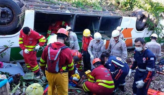O acidente, segundo a PRF, aconteceu na região do km 249 da BR 101 - Foto: Foto do Leitor | Folha da Vitória