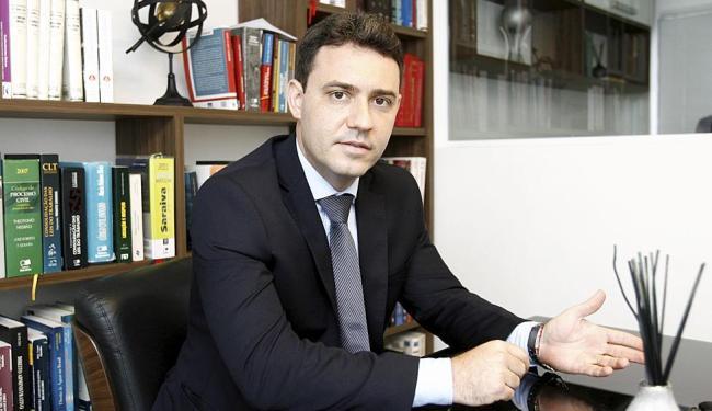Luduvice diz que a adesão, no caso de advocacia, leva em conta faturamento, funcionários e ISS - Foto: Luciano da Matta | Ag. A TARDE