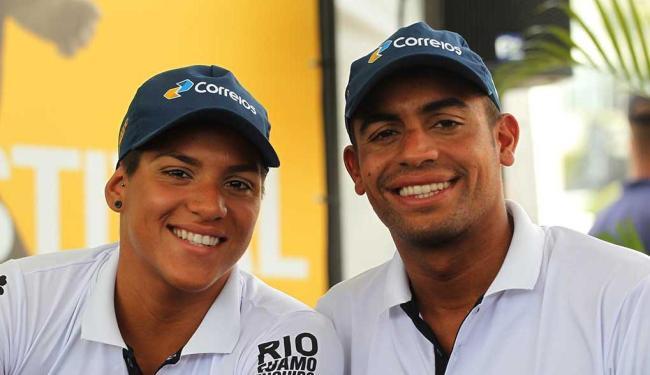 A dupla Allan do Carmo e Ana Marcela largou na primeira posição - Foto: Gilvan de Souza   Divulgação. Data: 11/12/2014
