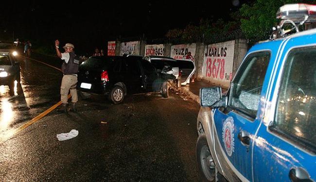 Bandidos assaltaram posto em Mata Escura e foram perseguidos até Sussuarana - Foto: Joá souza | Ag. A TARDE