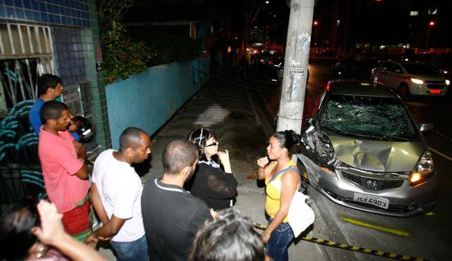 No dia 26.08, um motorista alcoolizado atropelou duas pessoas no Rio Vermelho; uma morreu no local - Foto: Fernando Amorim | Ag. A TARDE | 26.08.2014