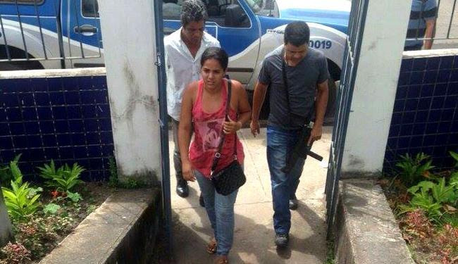 Garota foi encontrada por volta das 13h na Estrada da Cascalheira, em Camaçari - Foto: Reprodução | Mais Região