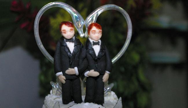 Os cartórios de registro civil do País realizaram 3.701 casamentos entre pessoas do mesmo sexo - Foto: Edmar Melo | Ag. A TARDE | 26.07.2003