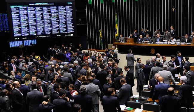 Base aliada conseguiu iniciar o processo de votação de dois vetos - Foto: Gabriela Korossy   Câmara dos Deputados
