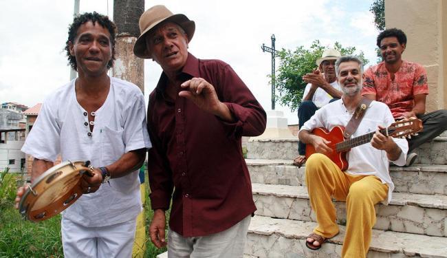 Grupo Barlavento se apresenta no Largo Pedro Archanjo - Foto: Marcelo Mendonça   Divulgação