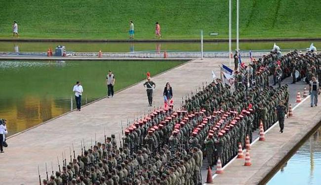 Ensaio para a cerimônia de posse do 2º mandato da presidente Dilma, em Brasília - Foto: Elza Fiúza/Agência Brasil