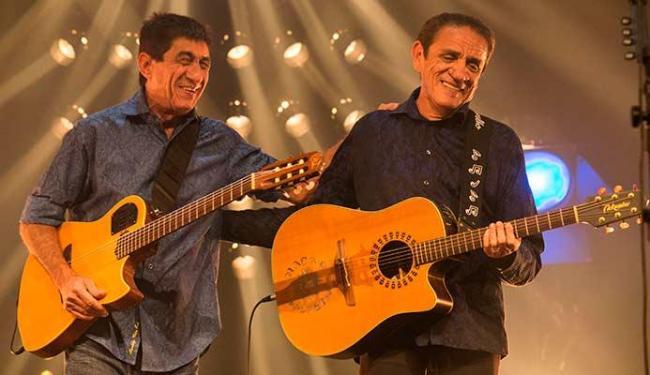 Fagner e Zé Ramalho, no Theatro Net Rio, gravando ao vivo - Foto: Sony Music   Divulgação