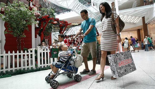 Shoppings terão horário especial de funcionamento para dar maior comodidade aos clientes - Foto: Foto: Ivan Baldivieso