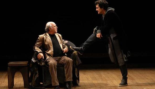 Montagem de Hamlet, uma das peças mais famosas de William Shakespeare - Foto: Sandra Delgado | Divulgação