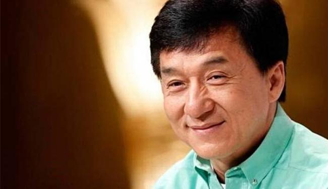 Jackie Chan disse esperar que um dia o filho ensine sobre os perigos de usar drogas - Foto: Agência Reuters