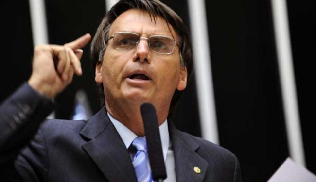 Documento contra Bolsonaro foi assinado por PT, PSOL, PCdoB e PSB - Foto: Diógenis Santos / Agência Câmara dos Deputados