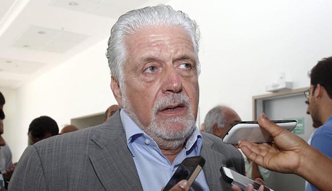 Sérgio Sampaio afirmou que Wagner faz jus à aposentadoria de ex-deputado - Foto: Edilson Lima | Ag. A TARDE | 16.10.2014