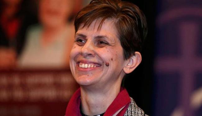 Libby Lane é a primeira mulher para o cargo de bispo em 500 anos de história - Foto: Agência Reuters