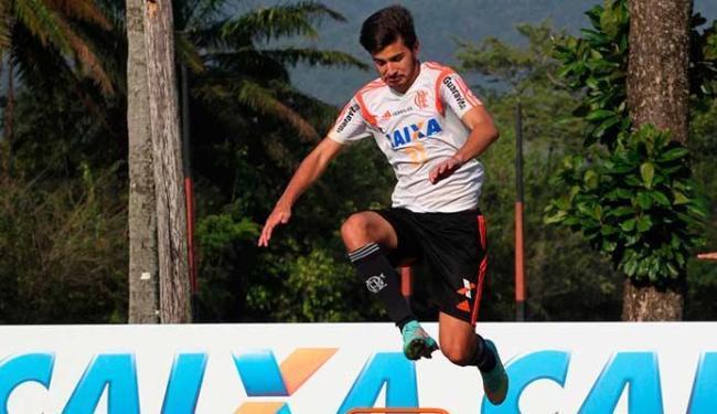 Filho de Bebeto está sem espaço no Flamengo, mas tem treinado com o time - Foto: Divulgação
