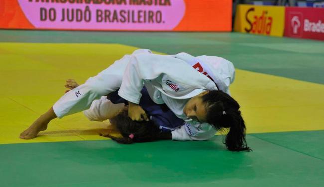 Baiana Mayara Ferreira vence a italiana Francesca Posocco na 1ª luta do evento-teste do CPJ - Foto: Marcelo Reis | Divulgação