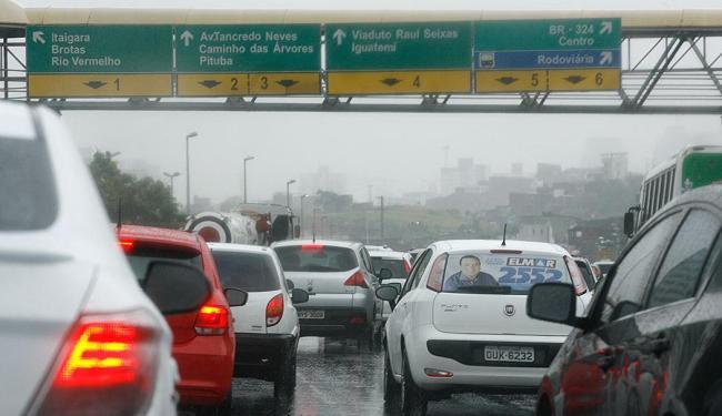 A mobilidade urbana também foi citada como uma grande preocupação da população - Foto: Fernando Amorim | Ag. A TARDE | 23.09.2014
