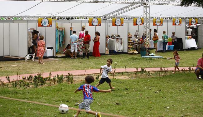 Ações ocorrem em dez fins de semana, até março de 2015, na praça Ana Lúcia Magalhães - Foto: Marco Aurélio Martins | Ag. A TARDE