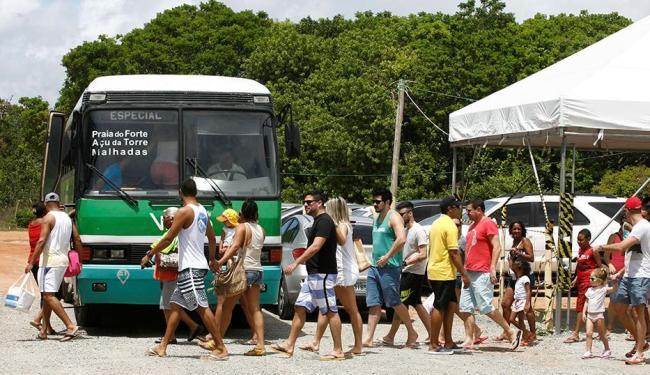 A medida foi adotada com o objetivo de ordenar o trânsito na região na alta estação - Foto: Luciano da Mata | Ag. A TARDE