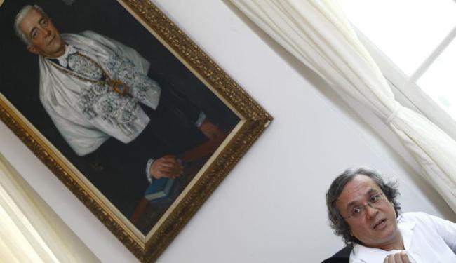 O filósofo João Carlos Salles, 53, assumiu a reitoria da Ufba no dia 8 de setembro - Foto: Fernando Vivas   Ag. A TARDE