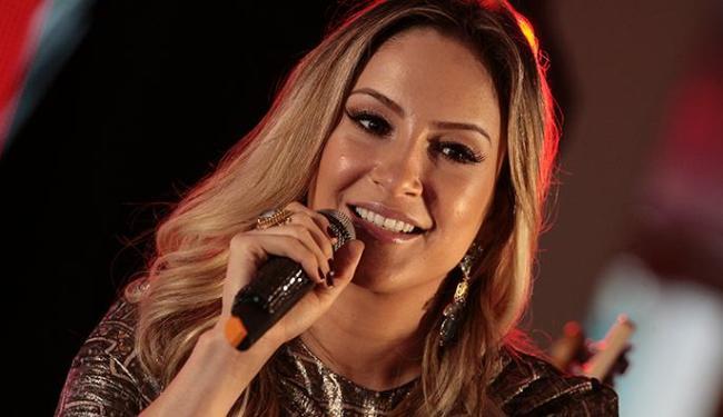 Cantora esperou a final do programa para lançar última música do seu CD - Foto: Mila Cordeiro