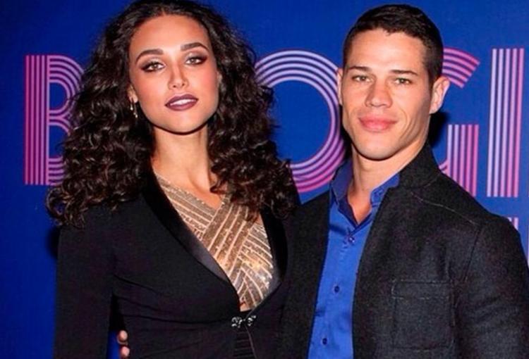 Débora Nascimento e José Loreto aparecem abraçados na imagem - Foto: Reprodução | Instagram