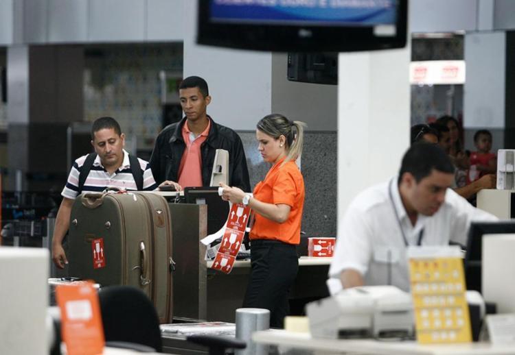 A nova regra da Anac atende a uma demanda antiga do setor aéreo - Foto: Raul Spinassé   Ag. A TARDE