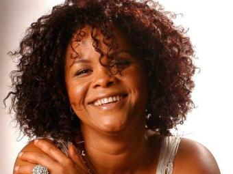 Cantora brilhou nos anos 90 à frente da Márcia Short - Foto: Divulgação