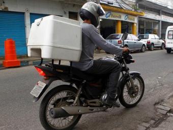 Simm disponibiliza seis vagas de motoboy, entre outras - Foto: Eduardo Martins | Ag. A TARDE | 19/12/2013