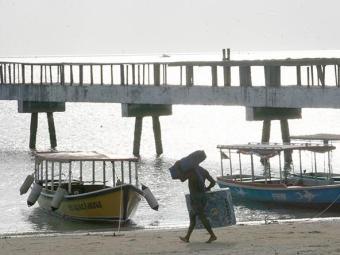 Acidente ocorreu na região da praia de São Tomé de Paripe - Foto: Iracema Chequer   Ag. A TARDE