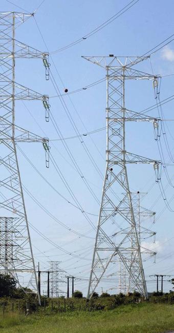 Restrição na transferência da energia do Norte e Nordeste causaram cortes no Sul-Sudeste - Foto: Joá Souza | Ag. A TARDE