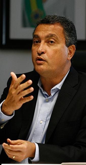 Governador diz que PDT deve ter relação exclusiva - Foto: Raul Spinassé | Ag. A TARDE