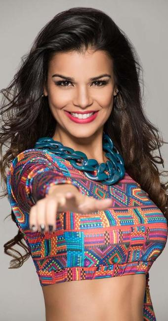 Cantora vai apostar na sensualidade das pin-ups, no estilo burlesco - Foto: Artis Estudio Criativo   Divulgação