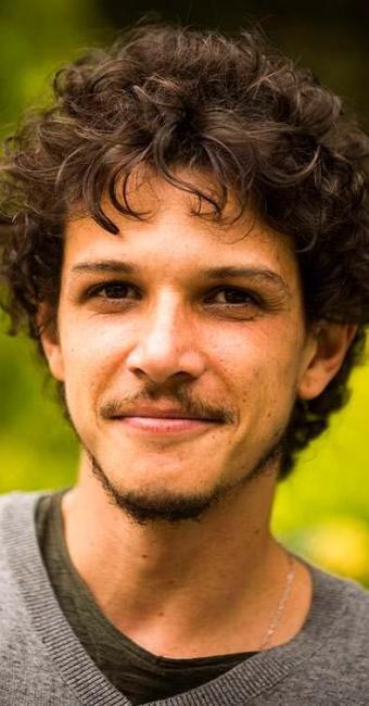 Experiente em teatro e cinema, Rafael Losso vive o Elivaldo em