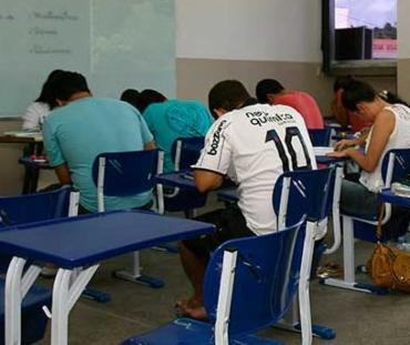 O Encceja irá substituir o Enem para certificação do ensino médio - Foto: Joá Souza   Ag. A TARDE