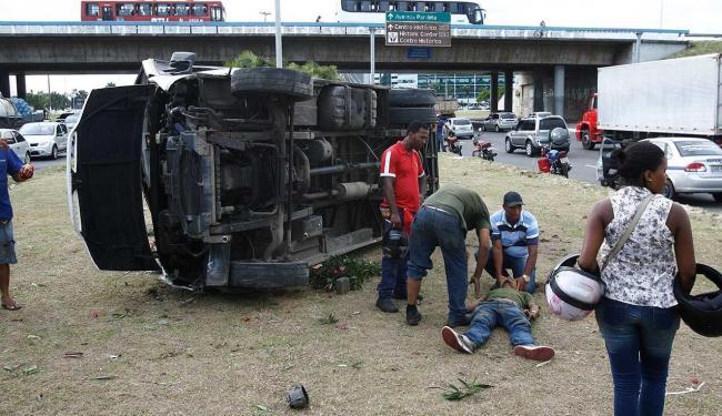 Acidente aconteceu por volta das 16h - Foto: Fernando Amorim   Ag. A TARDE