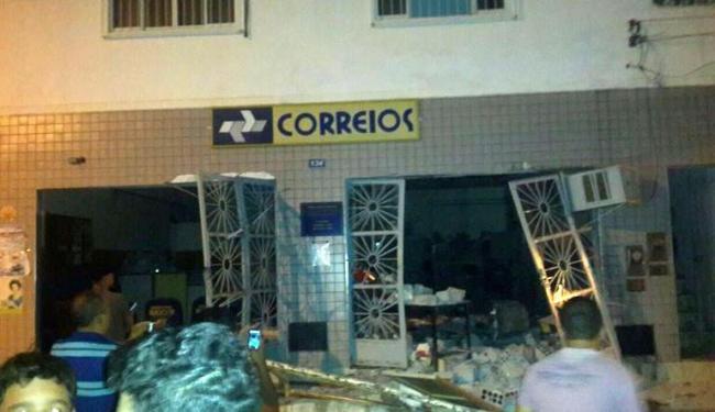 Agência dos Correios ficou completamente destruída após ação - Foto: Reprodução | Blog Braga