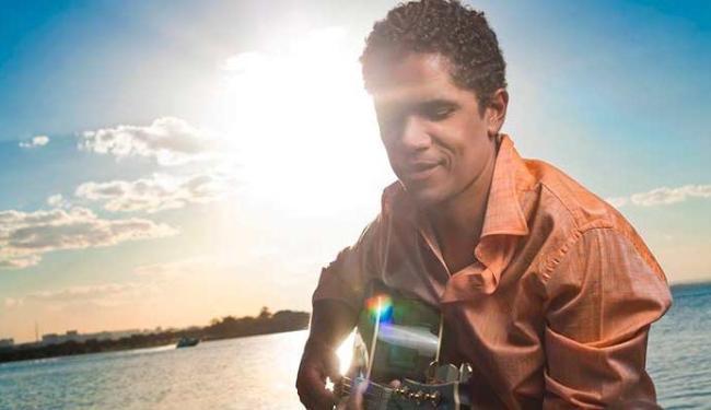 Alexandre Carlo comanda a gravação do quarto DVD do Natiruts - Foto: Divulgação