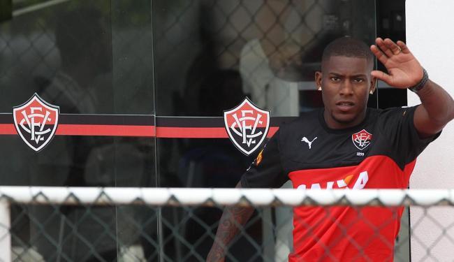 Amaral assinou contrato com o leão até o final de 2015 - Foto: Lúcio Távora   Ag. A TARDE