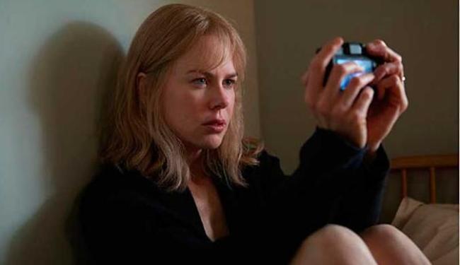 Nicole Kidman é Christine Lucas e,