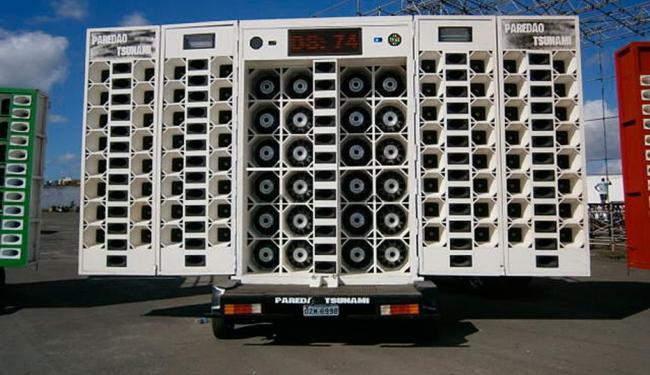 Baterias eram usadas em aparelhos de som automotivo para potencializar músicas da festa - Foto: Divulgação   Polícia Civil