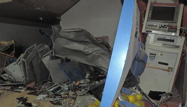 Estabelecimento ficou completamente destruído após a ação dos bandidos - Foto: Divulgação l Blog do Sigi Vilares