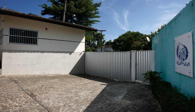Casa foi assaltada no domingo, 25, por seis pessoas - Foto: Marco Aurélio Martins | Ag. A TARDE