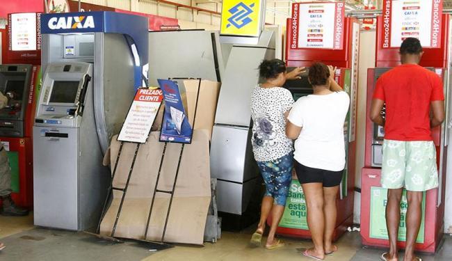Bancos têm oito terminais atacados em uma semana na Bahia - A Tarde On Line