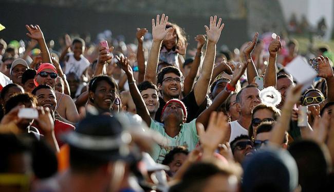 Folião promete fazer a festa nas ruas mesmo sem patrocínio - Foto: Raul Spinassé | Ag. A TARDE