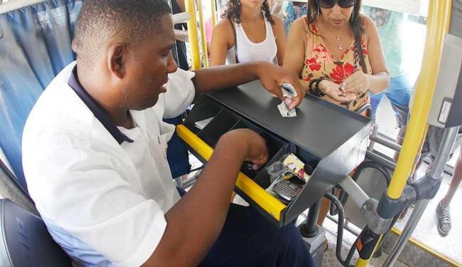 Há 10 vagas disponíveis para cobrador de transporte coletivo - Foto: Lúcio Távora | Ag. A TARDE